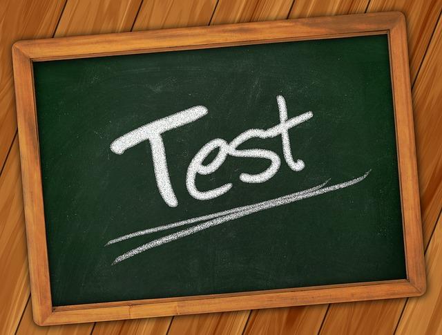 Zastany kod w praktyce. Dzięki testom jest łatwiejszy w zrozumieniu.