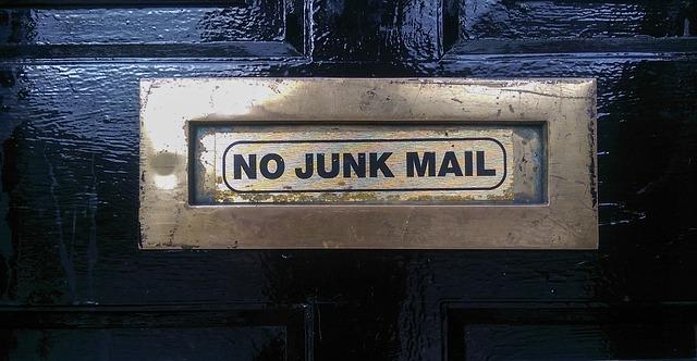 Jak tworzyć maile aby nie trafiały do spamu